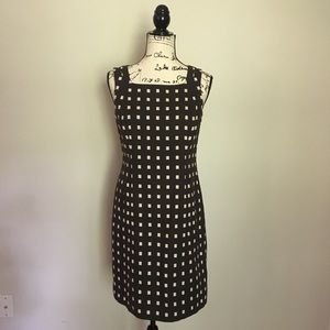 Ann Taylor brown & cream patterned shift dress